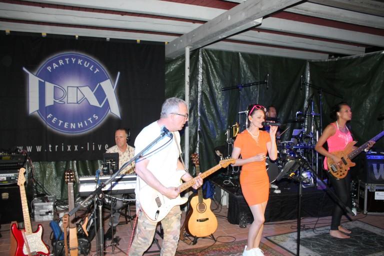 Partyband Trixx